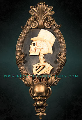 Gothic Victorian Gent Cameo (Gold)